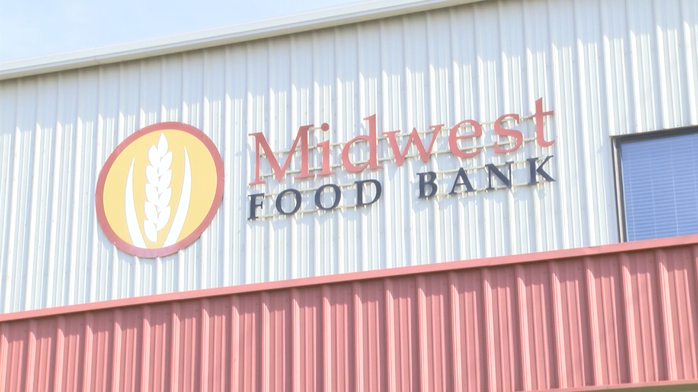 MIDWEST FOOD BANK_1451581662543.png