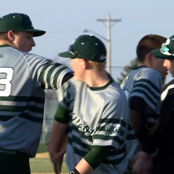 Richwoods Baseball defeats Limestone
