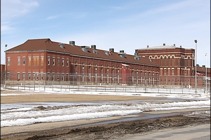 Pontiac Correctional Facility_8157117303968647350