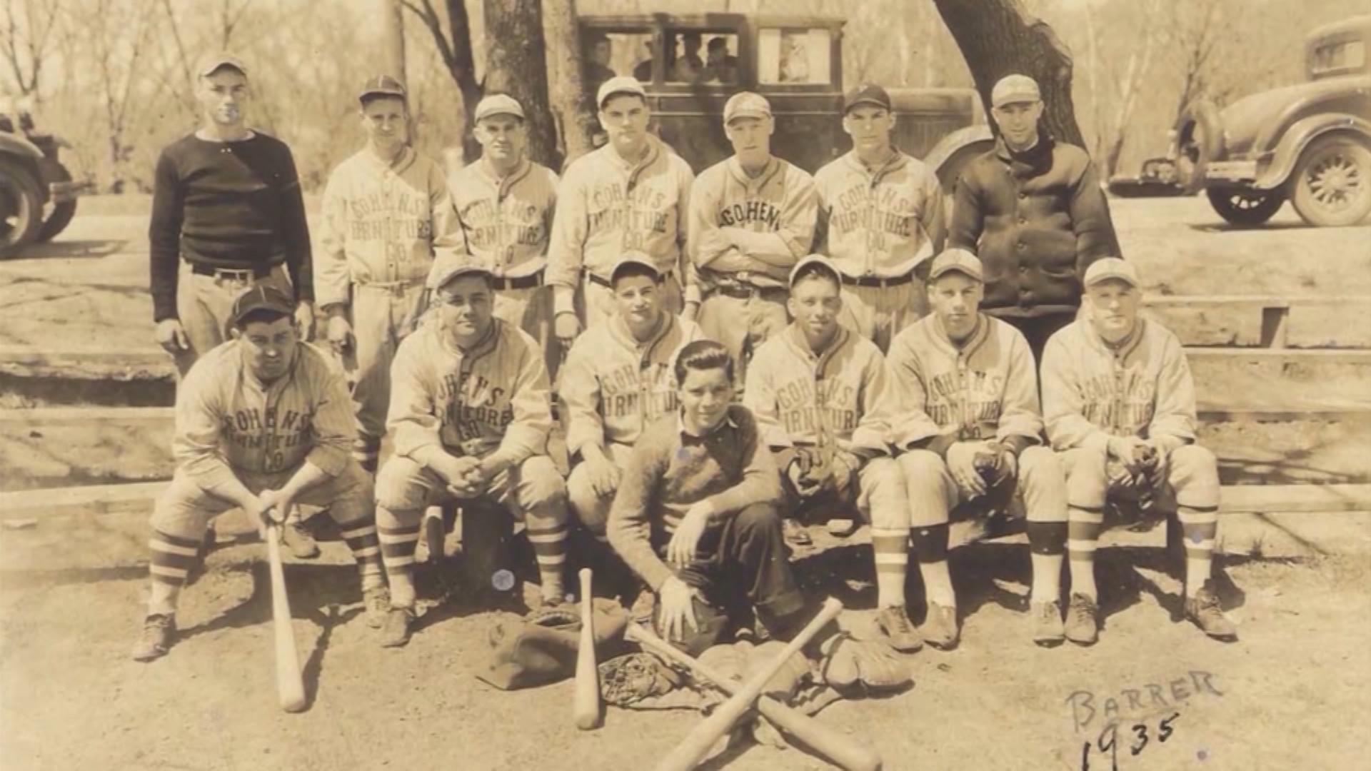 Sunday AM League 1935 photo_1474502738060.jpg