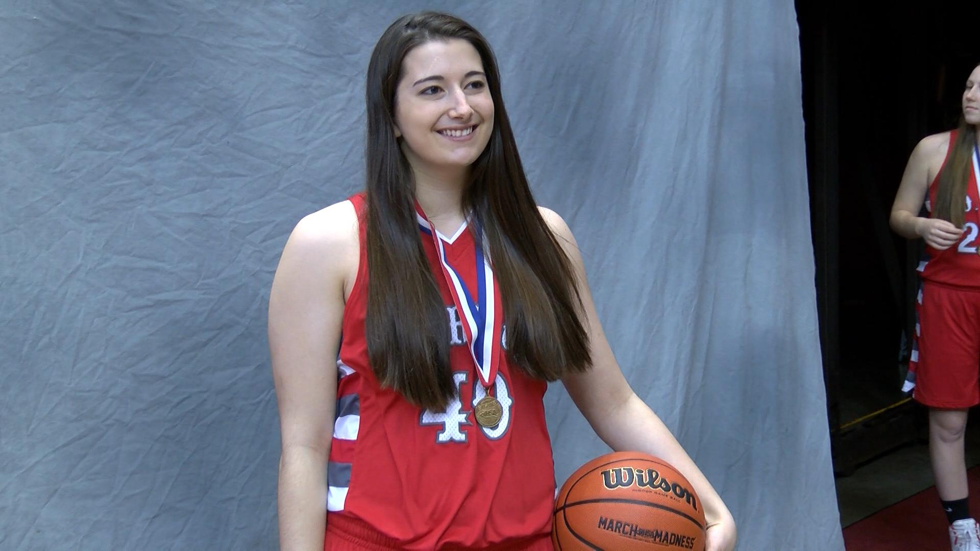 Jacey Wharram (with medal)_1488509260977.jpg