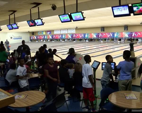 Jerrance Howard Foundation Bowls for Peoria