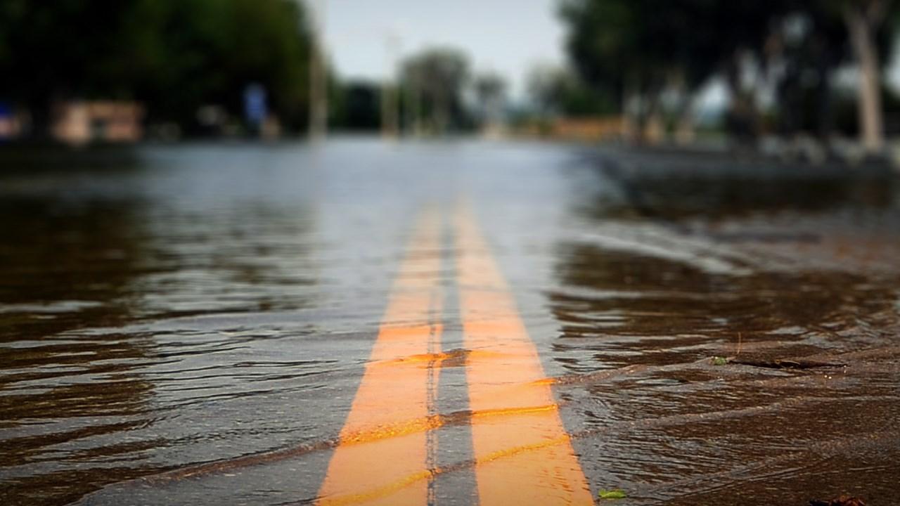 road flood warning_1536267400188.jpg.jpg