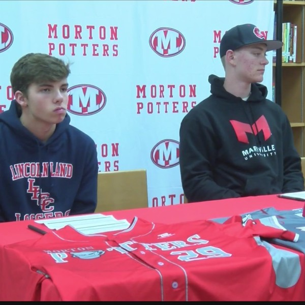 Morton_Baseball_Players_Sign_to_Play_In__0_20181129051417