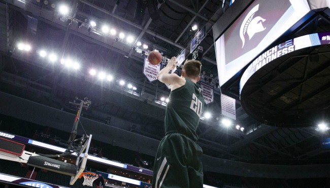 MSU sweet 16 Matt McQuaid AP 032819_1553810842778.jpg-873702558.jpg