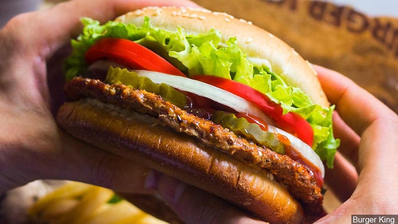fast food burger restaurant_1557932919739.jpg.jpg