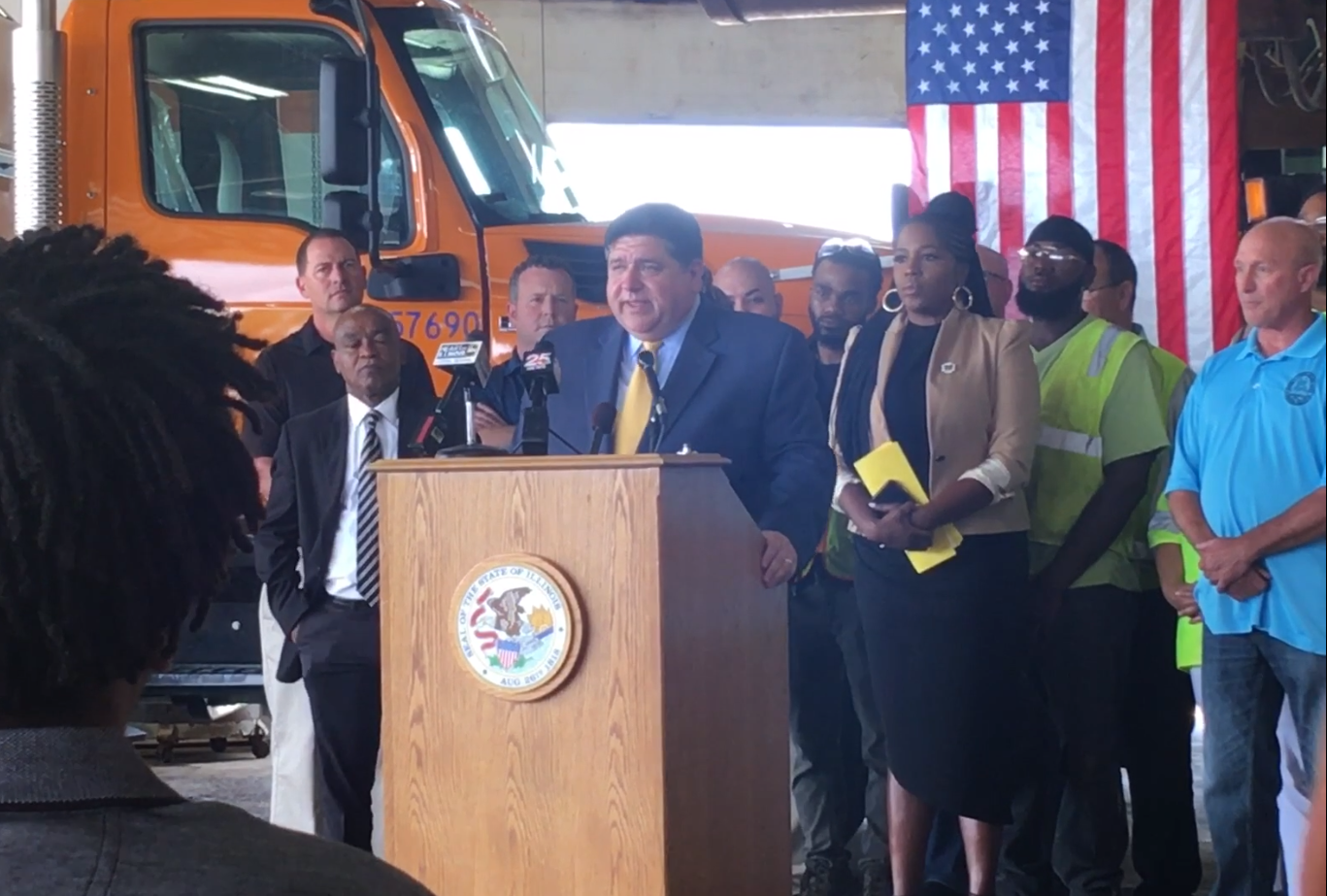 Gov  Pritzker talks infrastructure investments in Peoria