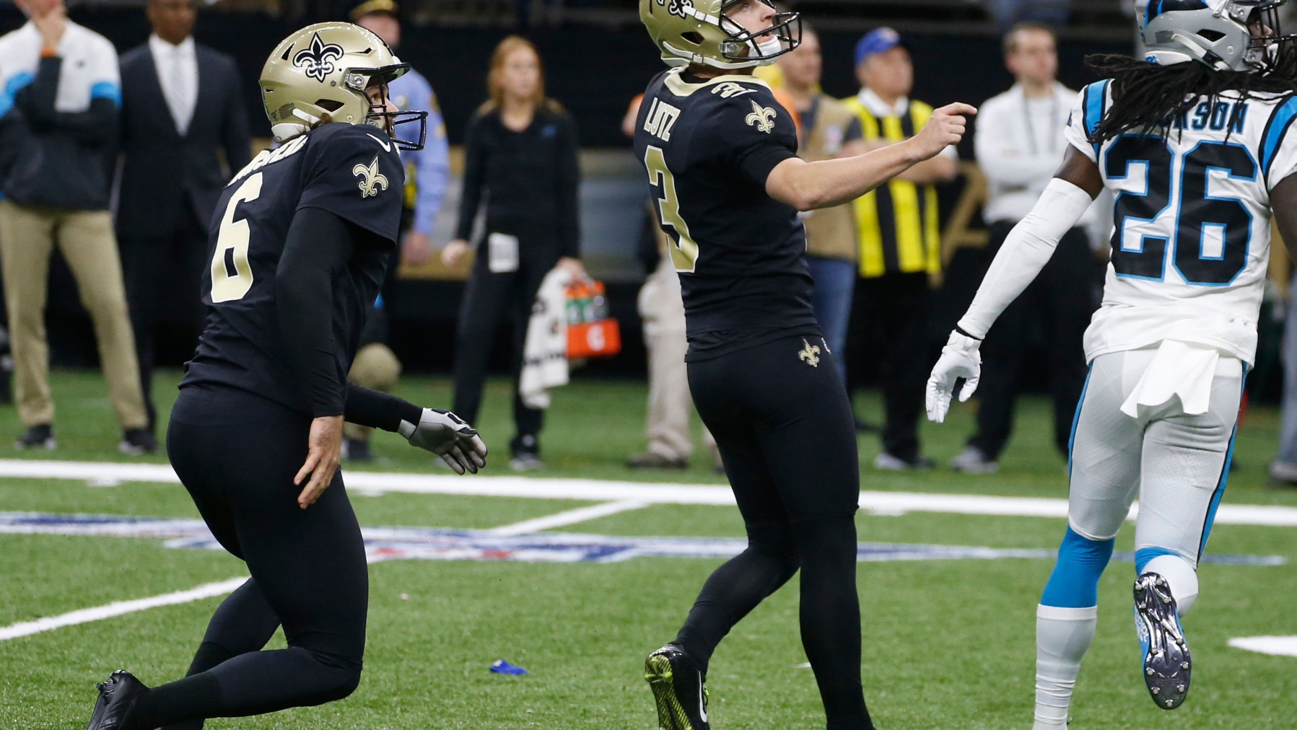 Lutz S Kick Lifts Saints To Dramatic 34 31 Win Over Panthers