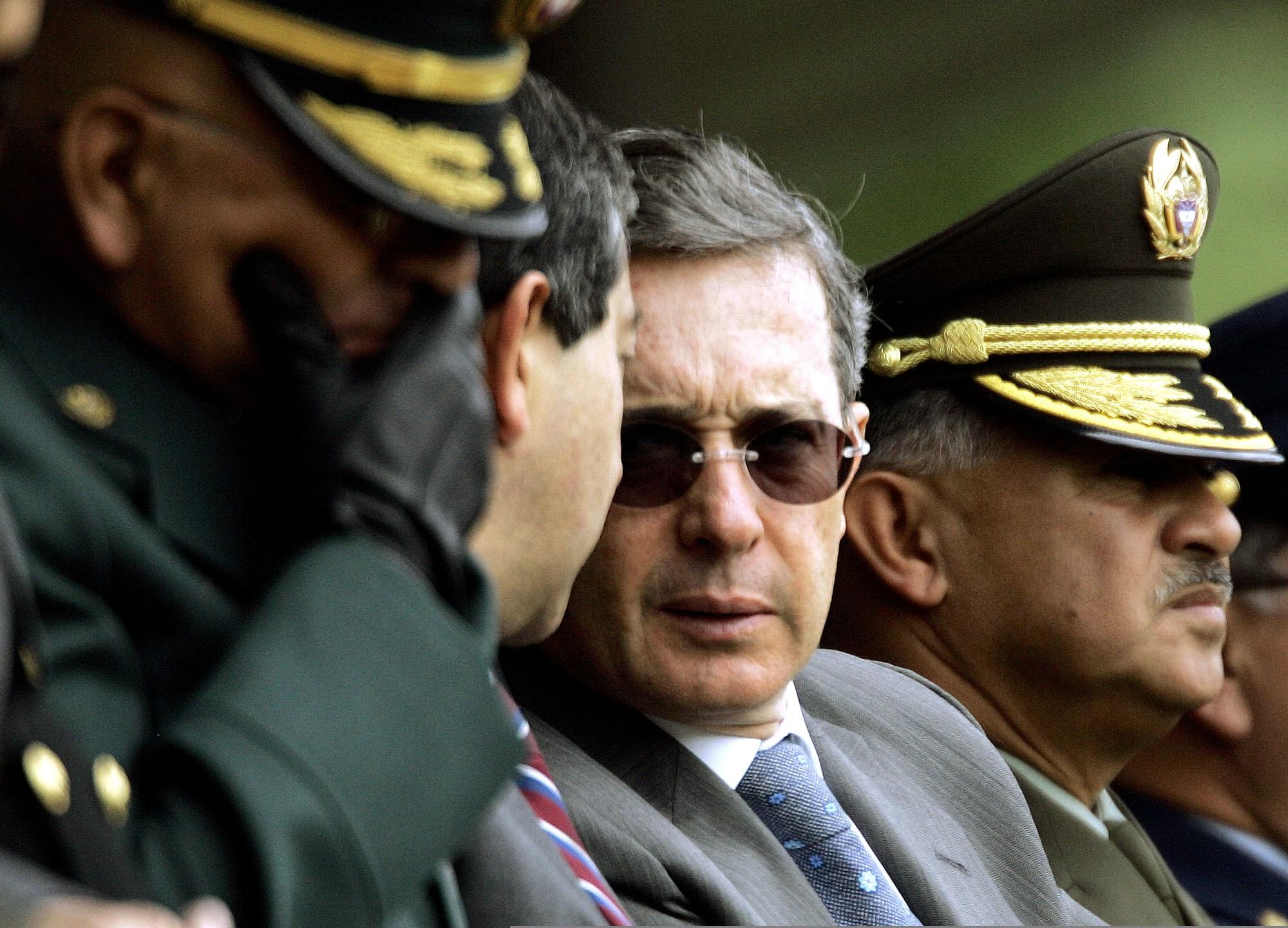 Alvaro Uribe, Camilo Ospina