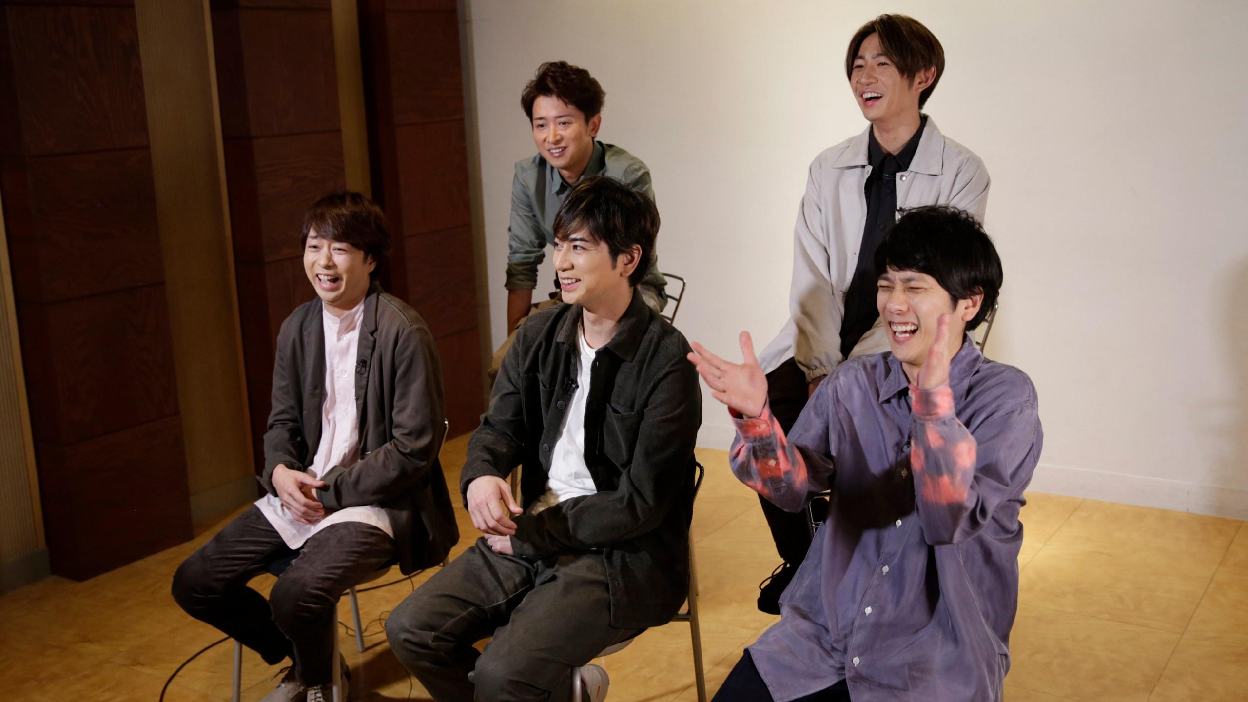 Satoshi Ohno, Masaki Aiba, Kazunari Ninomiya, Jun Matsumoto, Sho Sakurai